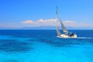 Sailing and boating on the island of Diaporos, Alegria Suites | Hotels in Nikiti | Nikiti Accommodation| Nikiti | Sithonia | Chalkidiki | Greece